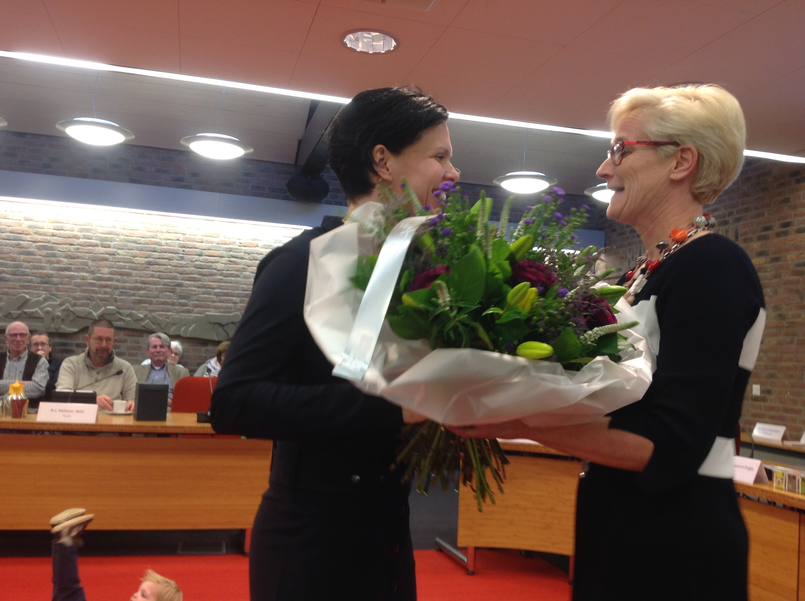 Nieuwe wethouder Debbie Heesakkers benoemd